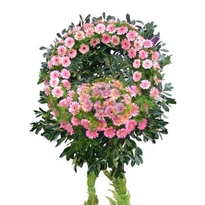 Cenaze Merasimi için Çelenk