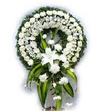 Beyaz, Cenaze Merasimi için Çelenk